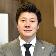 石川弁護士の写真